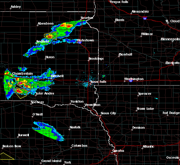 Radar Image for Severe Thunderstorms near Platte, SD at 6/20/2020 7:46 PM CDT
