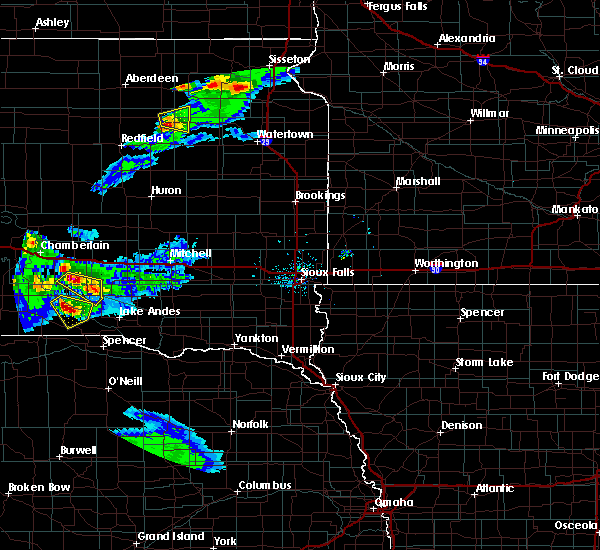 Radar Image for Severe Thunderstorms near Platte, SD at 6/20/2020 7:58 PM CDT