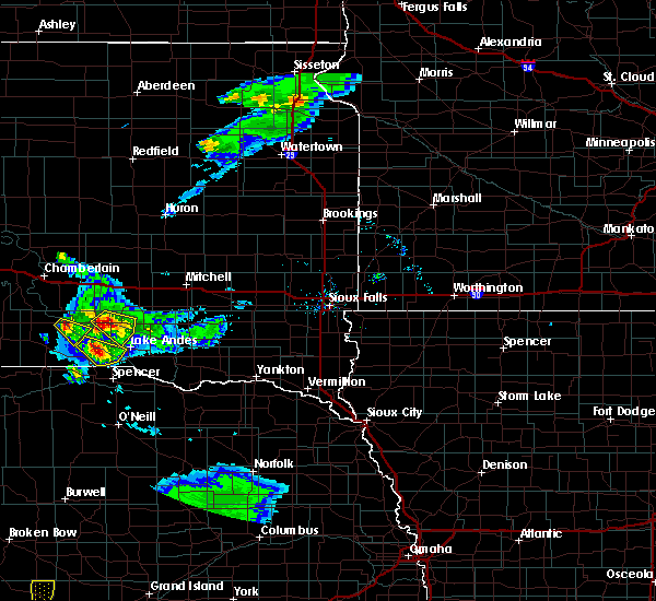 Radar Image for Severe Thunderstorms near Platte, SD at 6/20/2020 8:37 PM CDT