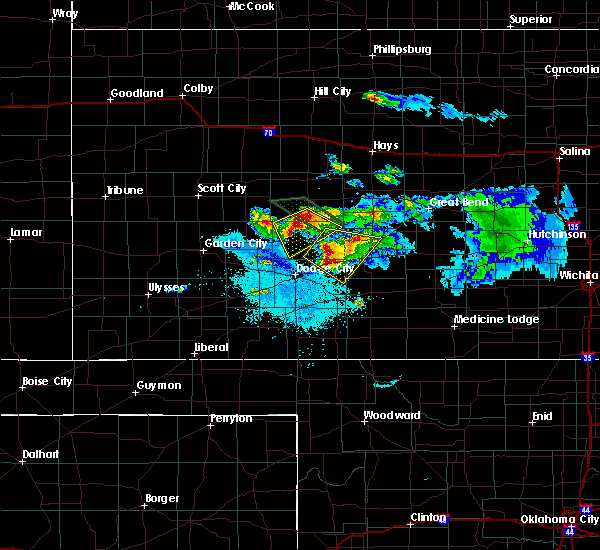 Radar Image for Severe Thunderstorms near Spearville, KS at 6/20/2020 10:19 PM CDT