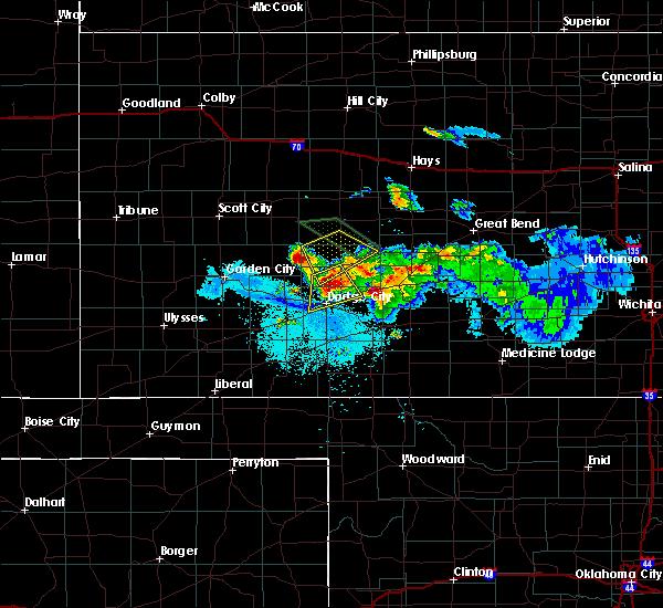 Radar Image for Severe Thunderstorms near Offerle, KS at 6/20/2020 10:59 PM CDT