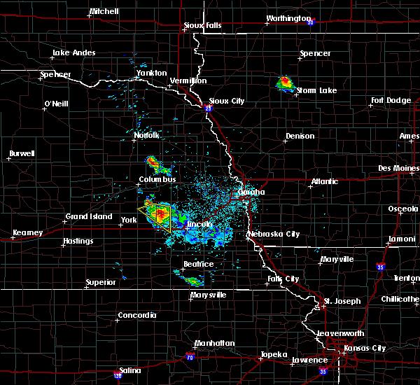Radar Image for Severe Thunderstorms near Dwight, NE at 6/21/2020 2:49 AM CDT