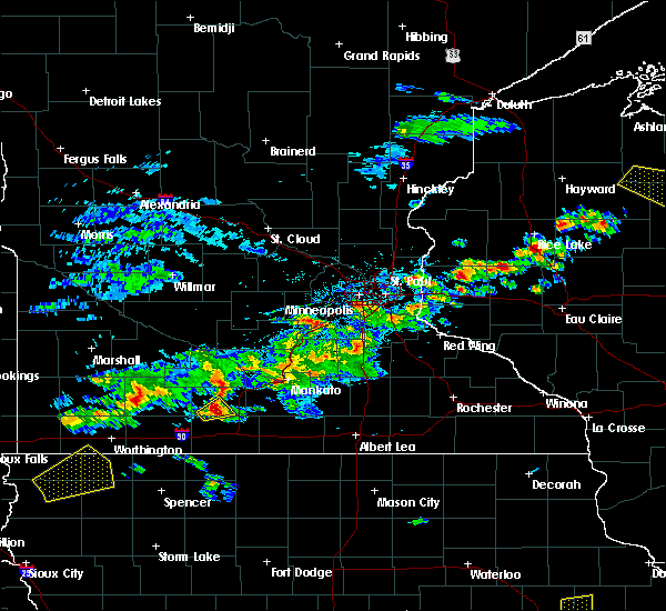 Radar Image for Severe Thunderstorms near Mankato, MN at 6/21/2020 4:17 PM CDT