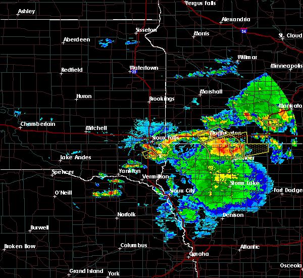 Radar Image for Severe Thunderstorms near Lennox, SD at 6/21/2020 4:58 PM CDT