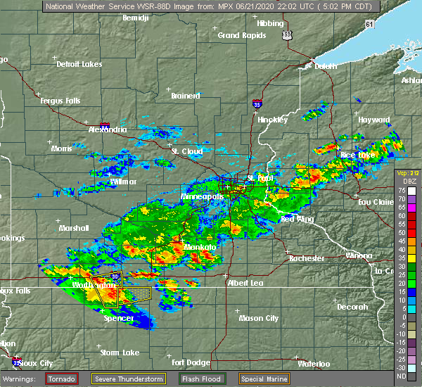 Radar Image for Severe Thunderstorms near Blue Earth, MN at 6/21/2020 5:15 PM CDT