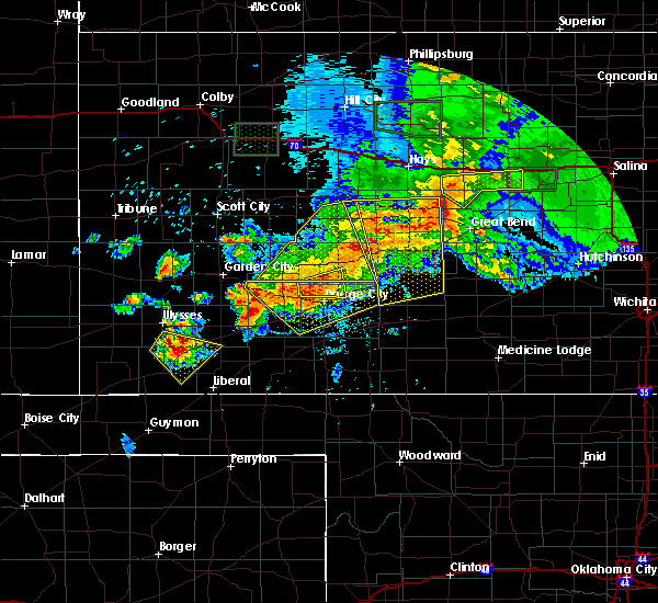 Radar Image for Severe Thunderstorms near Haviland, KS at 6/21/2020 5:33 PM CDT