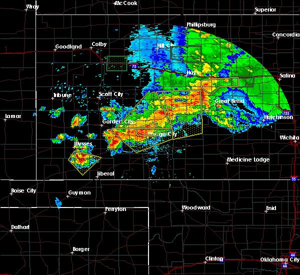 Radar Image for Severe Thunderstorms near Lakin, KS at 6/21/2020 5:37 PM CDT