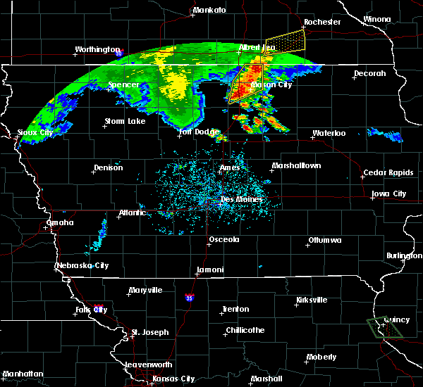 Radar Image for Severe Thunderstorms near Portland, IA at 6/21/2020 7:03 PM CDT