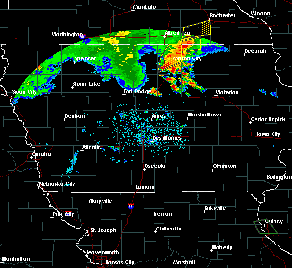 Radar Image for Severe Thunderstorms near Portland, IA at 6/21/2020 7:24 PM CDT