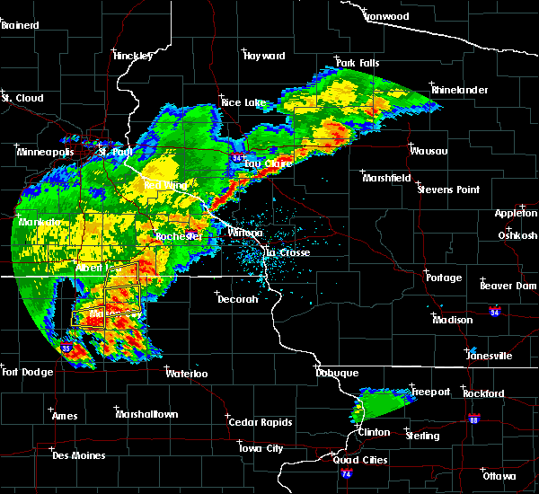 Radar Image for Severe Thunderstorms near Augusta, WI at 6/21/2020 7:40 PM CDT