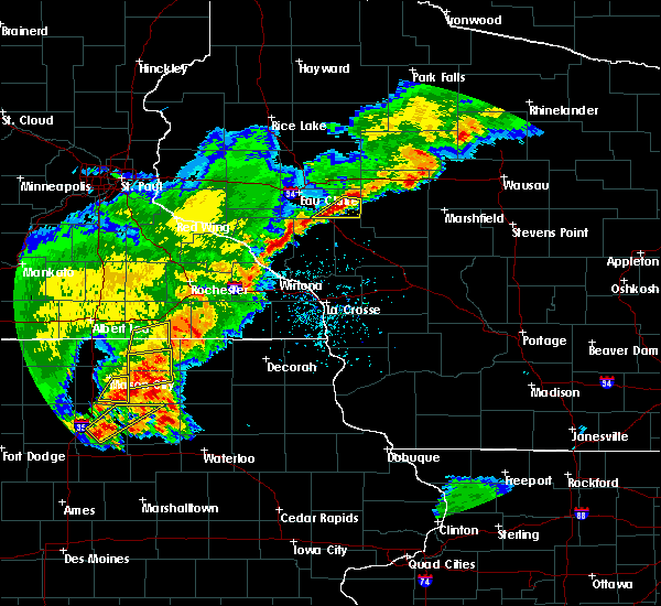 Radar Image for Severe Thunderstorms near Otranto, IA at 6/21/2020 7:44 PM CDT