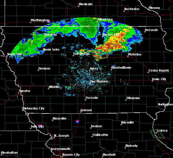 Radar Image for Severe Thunderstorms near Ackley, IA at 6/21/2020 8:04 PM CDT