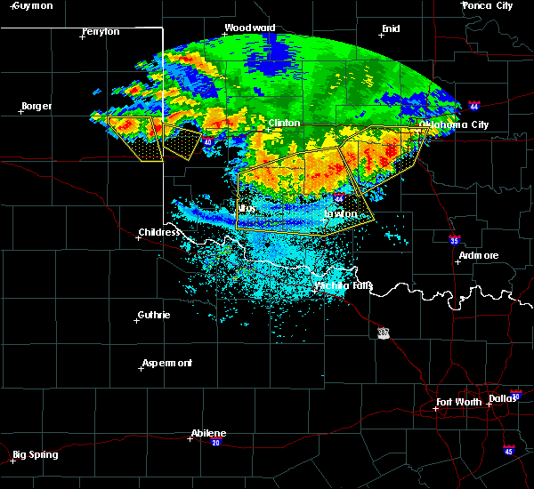 Radar Image for Severe Thunderstorms near Sweetwater, OK at 6/21/2020 11:55 PM CDT