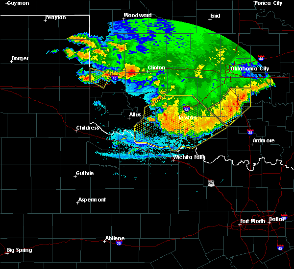 Radar Image for Severe Thunderstorms near Sweetwater, OK at 6/22/2020 12:41 AM CDT