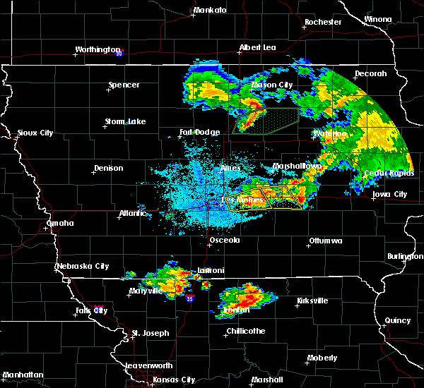 Radar Image for Severe Thunderstorms near Carlisle, IA at 6/22/2020 1:59 AM CDT