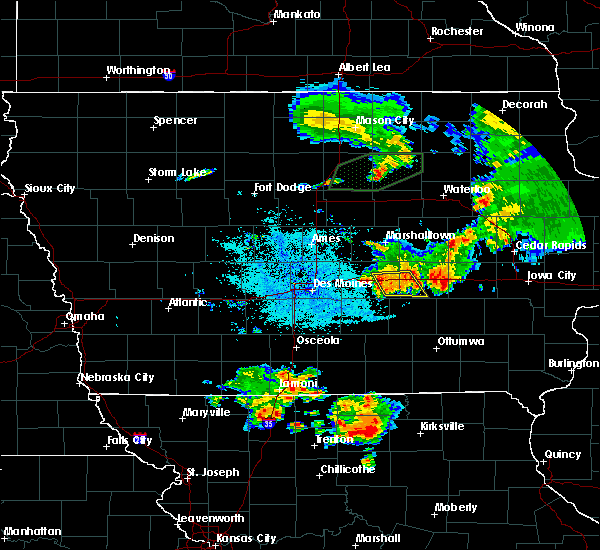 Radar Image for Severe Thunderstorms near Grinnell, IA at 6/22/2020 2:25 AM CDT