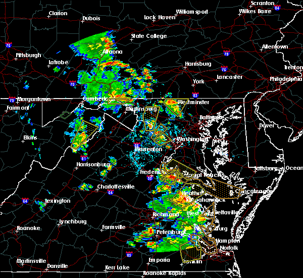 Radar Image for Severe Thunderstorms near Oak Grove, VA at 6/22/2020 4:02 PM EDT