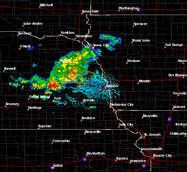 Radar Image for Severe Thunderstorms near Cedar Bluffs, NE at 6/22/2020 4:16 PM CDT