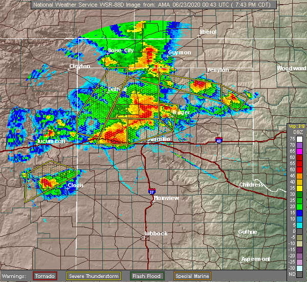 Radar Image for Severe Thunderstorms near Hereford, TX at 6/22/2020 8:04 PM CDT
