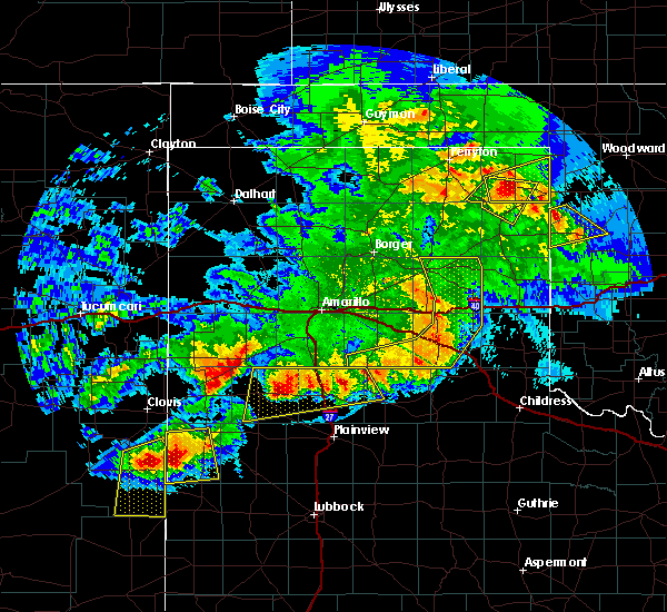 Radar Image for Severe Thunderstorms near Lipscomb, TX at 6/22/2020 9:58 PM CDT