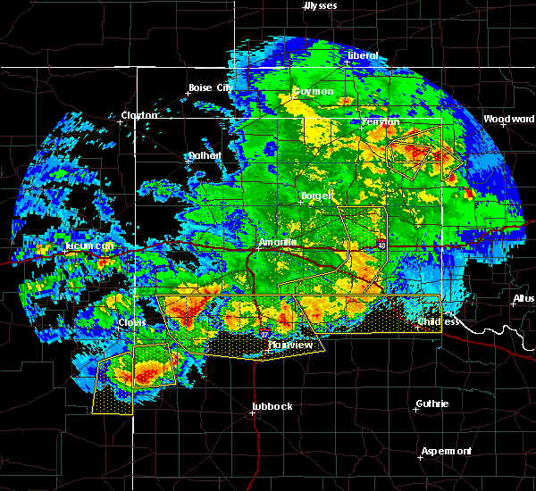 Radar Image for Severe Thunderstorms near Lipscomb, TX at 6/22/2020 10:17 PM CDT
