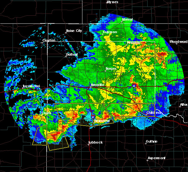 Radar Image for Severe Thunderstorms near Lipscomb, TX at 6/22/2020 10:40 PM CDT