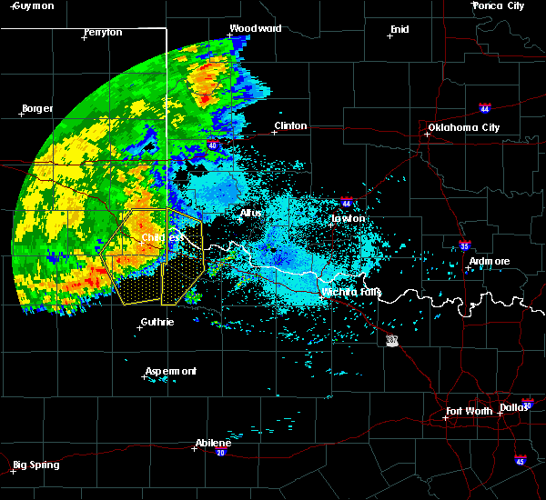 Radar Image for Severe Thunderstorms near Quanah, TX at 6/22/2020 11:21 PM CDT