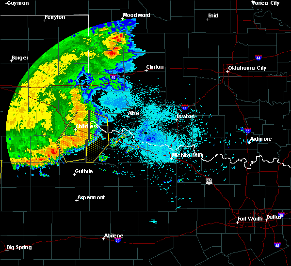 Radar Image for Severe Thunderstorms near Childress, TX at 6/22/2020 11:33 PM CDT
