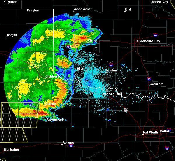 Radar Image for Severe Thunderstorms near Altus, OK at 6/23/2020 12:37 AM CDT