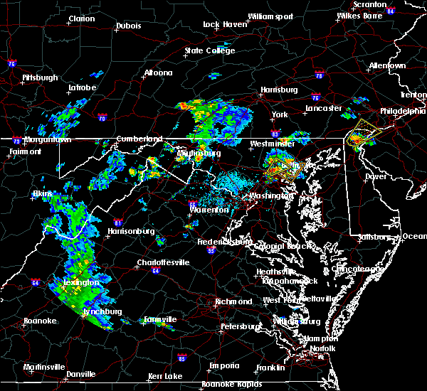 Radar Image for Severe Thunderstorms near Woodlawn, MD at 6/23/2020 6:40 PM EDT