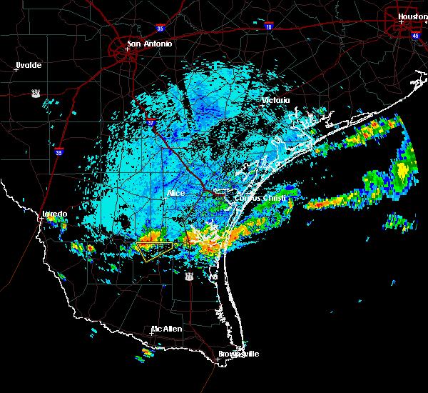 Radar Image for Severe Thunderstorms near Flowella, TX at 6/24/2020 3:02 PM CDT