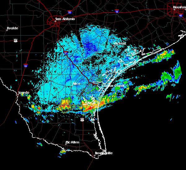 Radar Image for Severe Thunderstorms near Flowella, TX at 6/24/2020 3:18 PM CDT