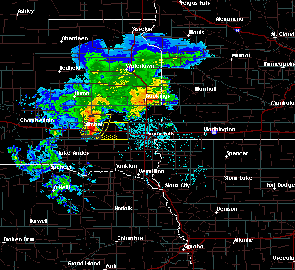 Radar Image for Severe Thunderstorms near Montrose, SD at 6/25/2020 6:04 PM CDT