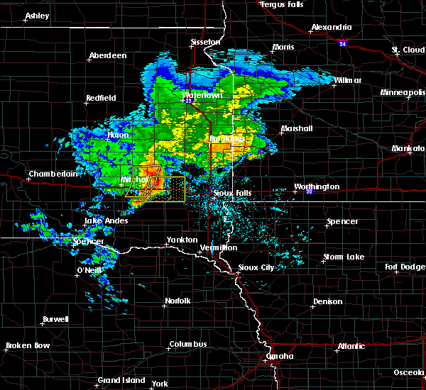 Radar Image for Severe Thunderstorms near Montrose, SD at 6/25/2020 6:28 PM CDT