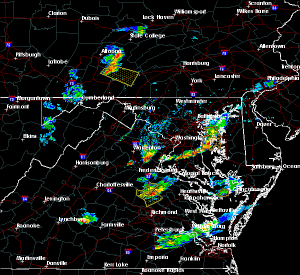 Radar Image for Severe Thunderstorms near Quantico Base, VA at 6/25/2020 8:20 PM EDT