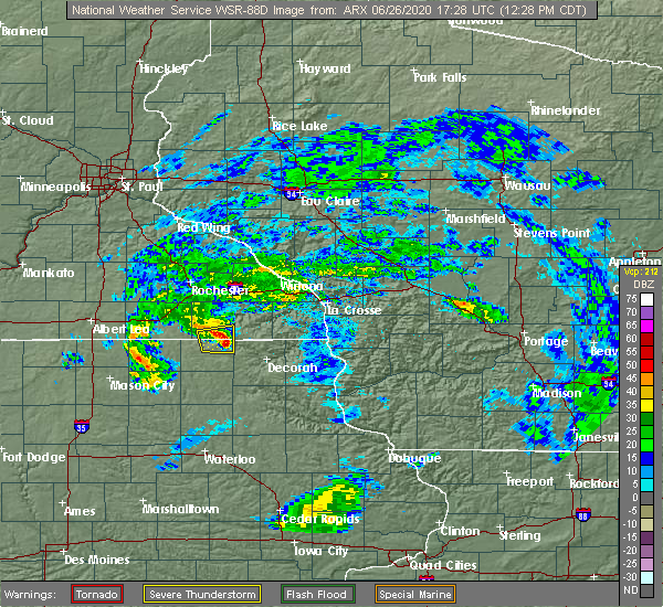 Radar Image for Severe Thunderstorms near Burr Oak, IA at 6/26/2020 12:32 PM CDT