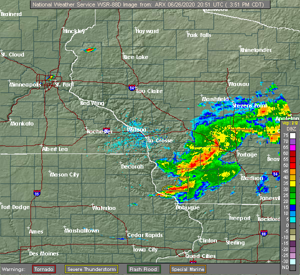 Radar Image for Severe Thunderstorms near Lancaster, WI at 6/26/2020 3:58 PM CDT
