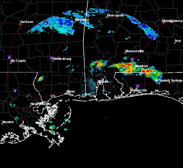 Radar Image for Severe Thunderstorms near Chatom, AL at 6/26/2020 4:50 PM CDT