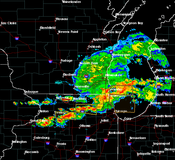 Radar Image for Severe Thunderstorms near Rockford, IL at 6/26/2020 6:39 PM CDT
