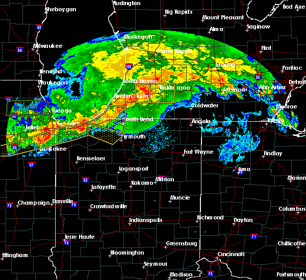 Radar Image for Severe Thunderstorms near Dowagiac, MI at 6/26/2020 9:37 PM EDT
