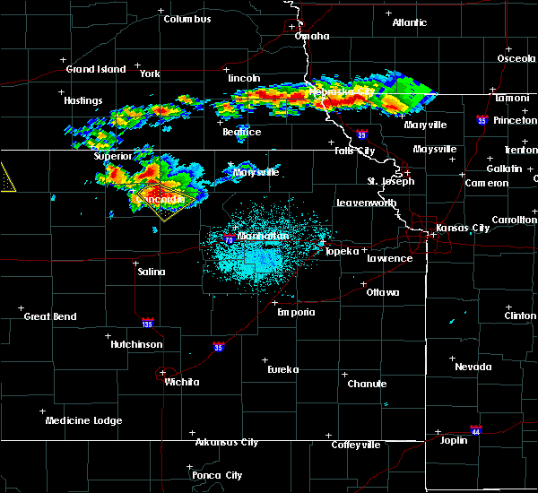 Radar Image for Severe Thunderstorms near Clyde, KS at 6/26/2020 10:56 PM CDT