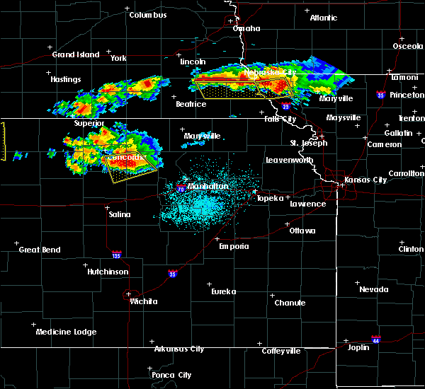 Radar Image for Severe Thunderstorms near Miltonvale, KS at 6/26/2020 11:25 PM CDT