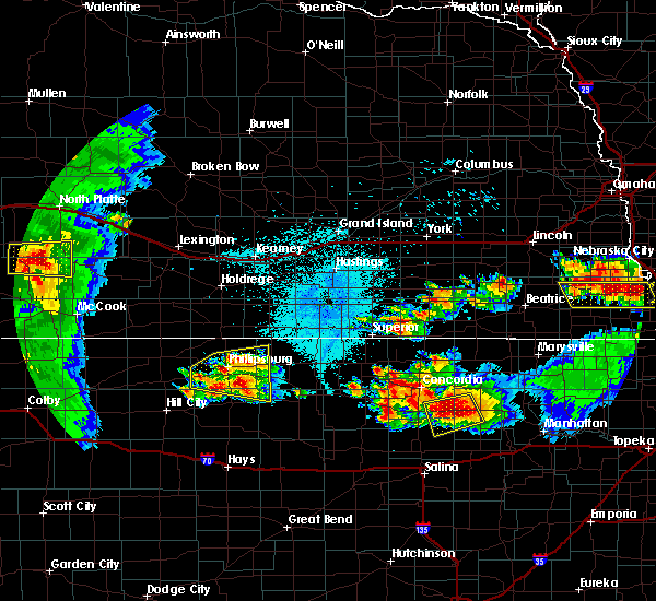 Radar Image for Severe Thunderstorms near Alton, KS at 6/26/2020 11:37 PM CDT