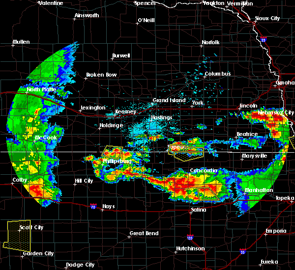 Radar Image for Severe Thunderstorms near Riverton, NE at 6/27/2020 12:30 AM CDT