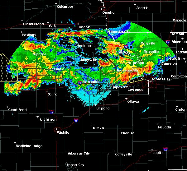 Radar Image for Severe Thunderstorms near Soldier, KS at 6/27/2020 2:25 AM CDT