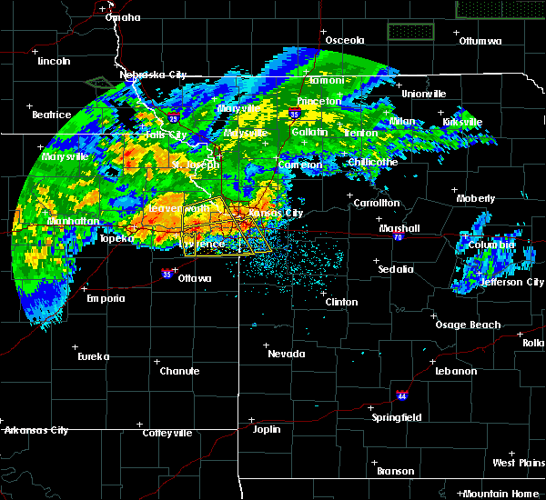 Radar Image for Severe Thunderstorms near Prairie Village, KS at 6/27/2020 3:11 AM CDT