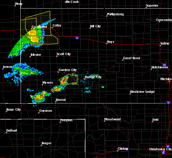 Radar Image for Severe Thunderstorms near Ingalls, KS at 6/27/2020 9:31 PM CDT