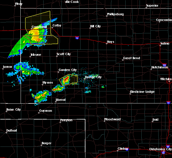 Radar Image for Severe Thunderstorms near Ingalls, KS at 6/27/2020 9:39 PM CDT