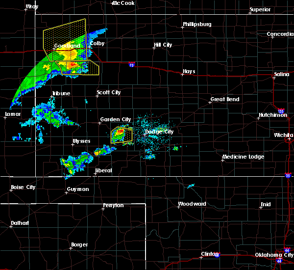 Radar Image for Severe Thunderstorms near Ingalls, KS at 6/27/2020 9:51 PM CDT