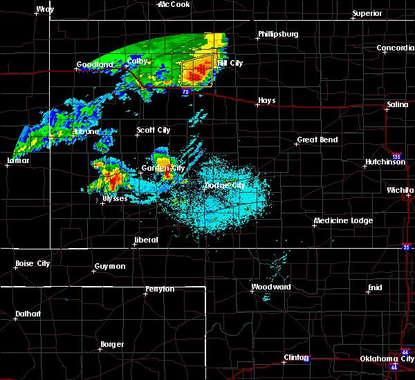 Radar Image for Severe Thunderstorms near Lakin, KS at 6/27/2020 11:39 PM CDT